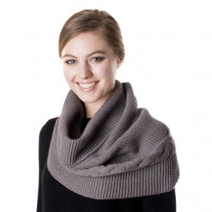 Women's Cable Knit Infinity Fashion Scarf